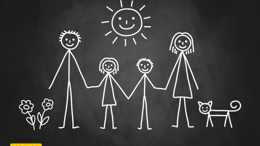7 ways to show your kids how to engage in healthy relationships // MarciePaige.com